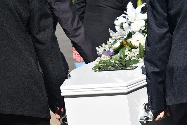 Pourquoi recourir aux services d'un accompagnateur funéraire ?